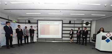 TradeQuest Students Present their Financial Performance at the Bourse during the 1st Trading Period